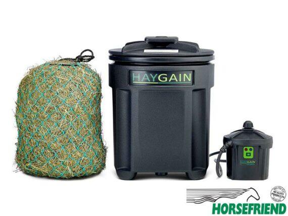 03.HAYGAIN ONE; geschikt voor een paar plakken hooi(Ca. 8kg). Ruim genoeg voor één paard