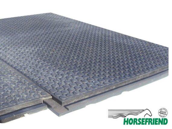 11.Stabimat voor een gefundeerde vloer in de paardenstal. Prijs pst
