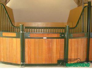 02.Voorfront gebogen met houten vulling; uitbouw