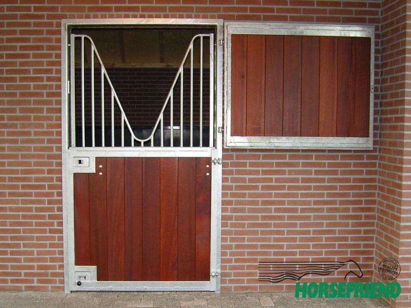 05.Buitendeur Profi tweedelig; boven en onder hout. afm. dagmaat 1,200mm x 2,300mm(h)