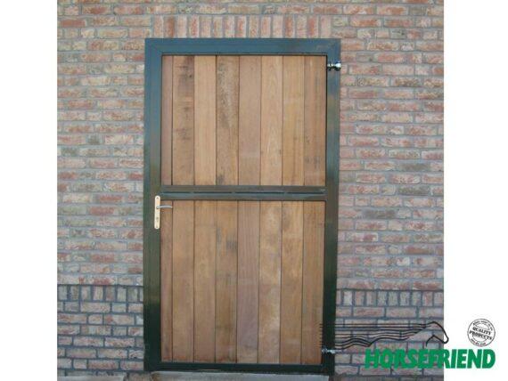 01. Loopdeur ééndelig. Boven-en onderzijde hardhout; afm. dagmaat 1,200mm x 2,300mm(h)
