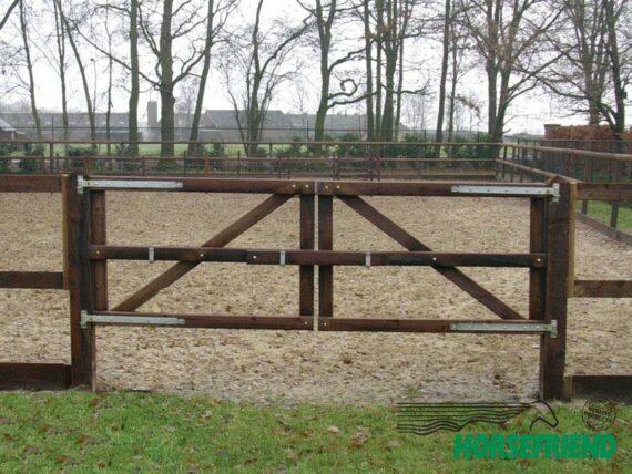 03.Dubbele poort standaard uitvoering; 300cm breed.