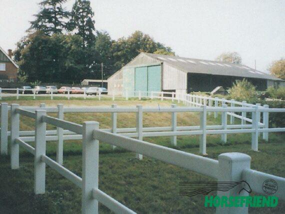 02.PVC omheining Duralock 2 rail; stelhoogte 125cm