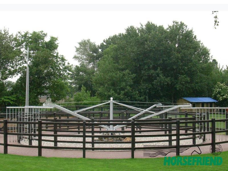 01.HF Profi vrijloop stapmolen voor 4 paarden met een diameter van 16mtr.