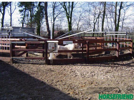 01.HF Dandy molen voor minipaarden; geschikt voor 4 paarden met een diameter tussen 10 en 16mtr.